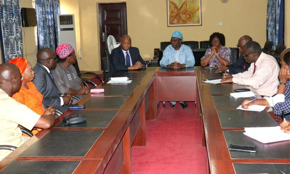 Alumni Association, OOU Chapter, Presents Educational Materials Worth N2.8 Million To The University