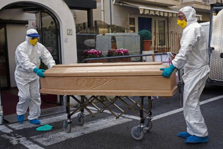 Estimativas de mais de 125 mil mortos por Covid-19 no Brasil são 'reais', diz especialista