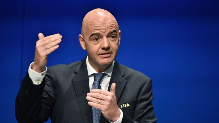 Presidente da FIFA participa na cimeira mundial de futebol em Zurique