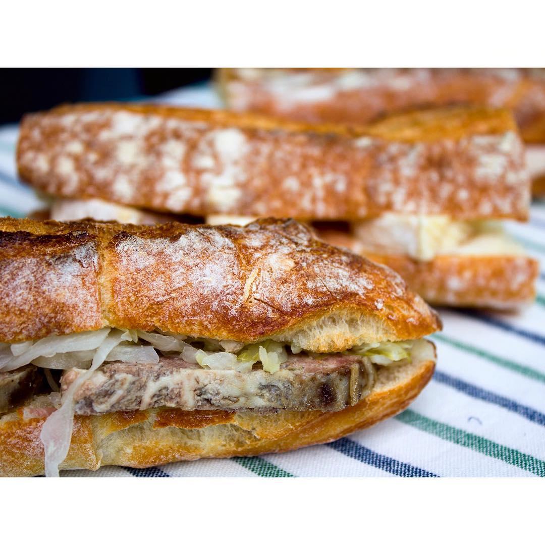 オパンのパテドカンパーニュのバゲットサンドイッチ | OPAN オパン|東京 笹塚のパン屋