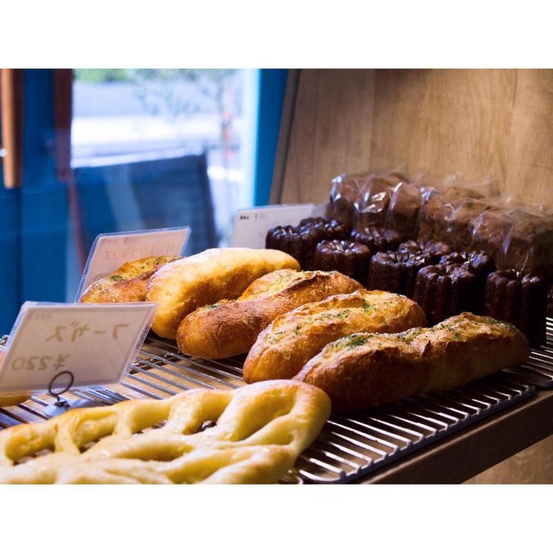 オパンのガーリックフランス(2016.10.23)   OPAN オパン 東京 笹塚のパン屋
