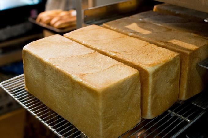オパンの山型食パン、角型食パン(2018.05.23)