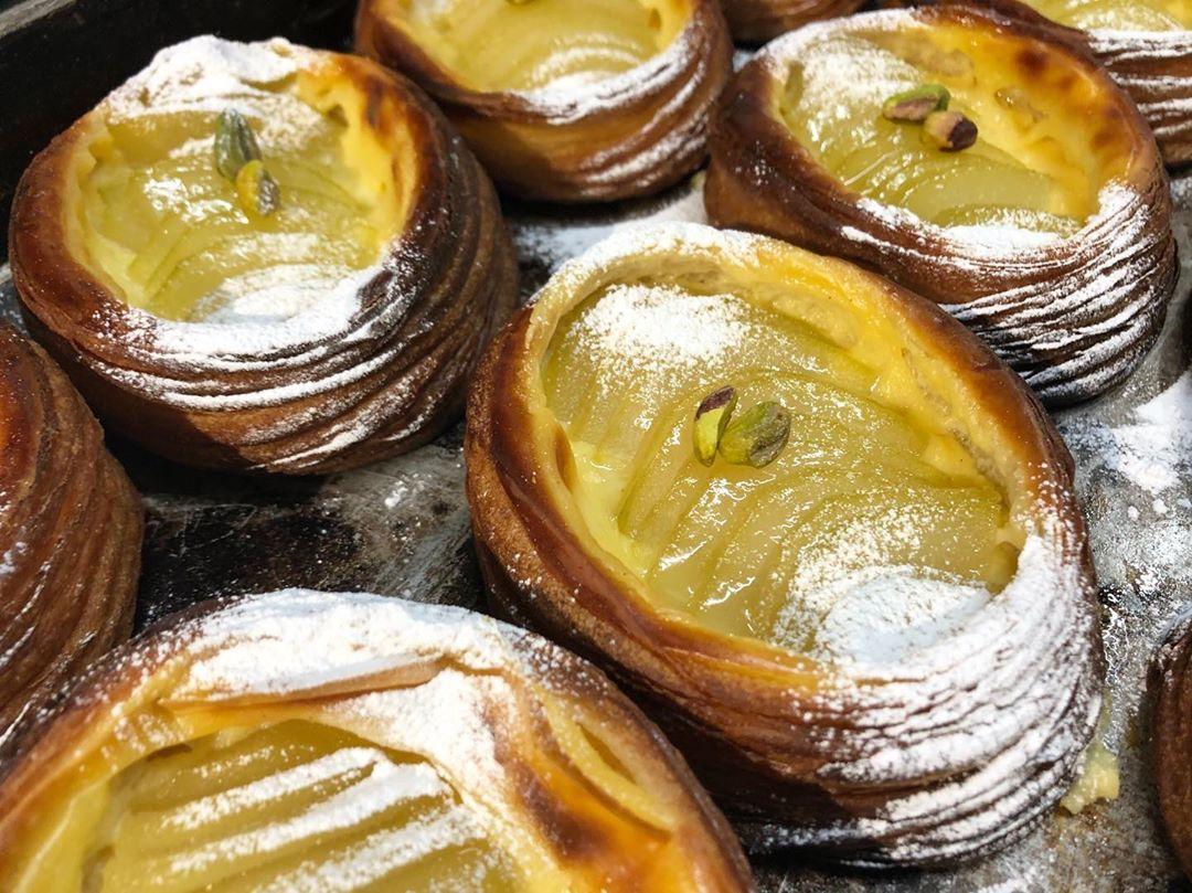 季節限定のフルーツデニッシュ「ラフランスのデニッシュ」をご用意いしております(2019.12.18)
