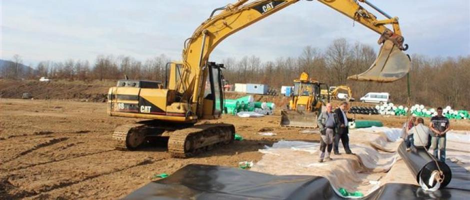 Sanacija deponije Krivodol vrijedna 1.5 milion KM: Trenutno se polažu geosintetički materijali, završetak radova krajem godine