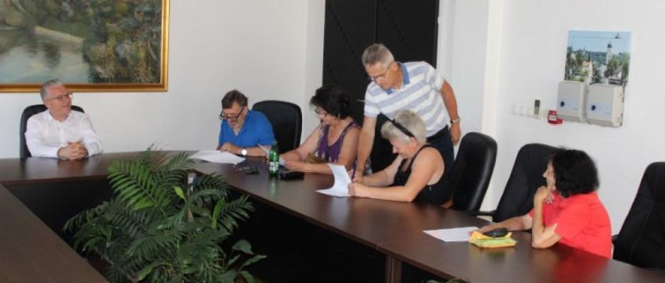 Općina Bosanska Krupa i CRS pomažu povratnike i raseljene osobe