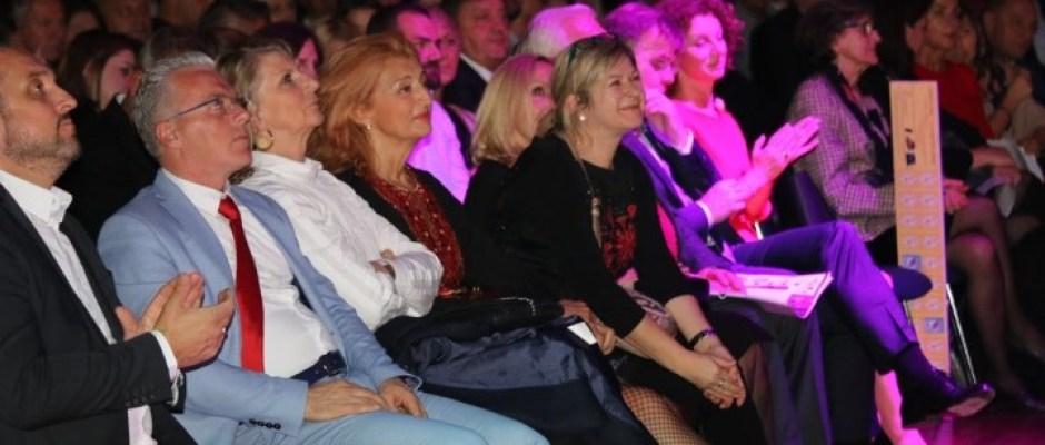 "Na manifestaciji ""Noć Bosne i Hercegovine"" u Frankfurtu predstavljena Bosanska Krupa i njeni privredni potencijali"