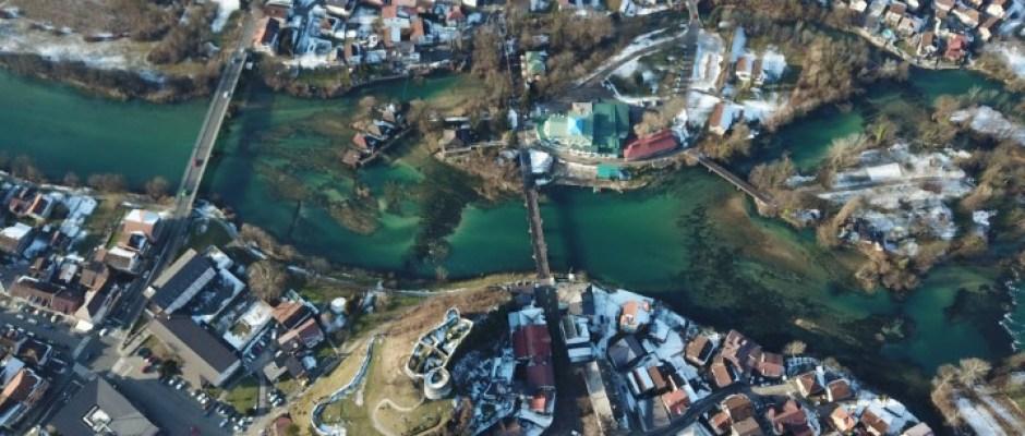U Bosanskoj Krupi se za raseljene osobe i povratnike grade još 4 stambene jedinice