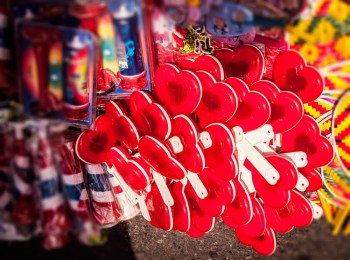 Happy (red) clappers