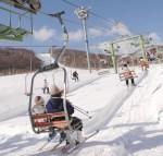 春休みのバイトはリゾートで住み込み?スキー場ではお金が貯まる?