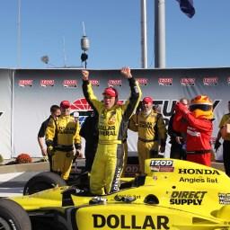IndyCar Flashback: 2011 Kentucky Indy 300