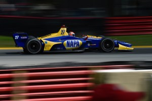 Alexander Rossi snatches pole for Honda Indy 200 at Mid-Ohio