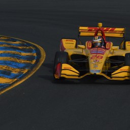 Ryan Hunter-Reay Snatches Pole as Rossi Turns to Alternate Strategy