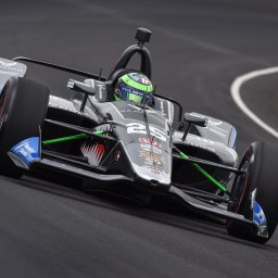 Daly leads chaotic Fast Friday; Kaiser crashes ahead of qualifications weekend