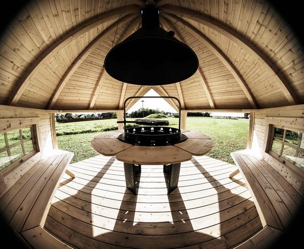 Finman BBQ Hut