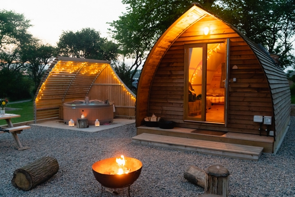Sedgewell Barn glamping pods with fire pit