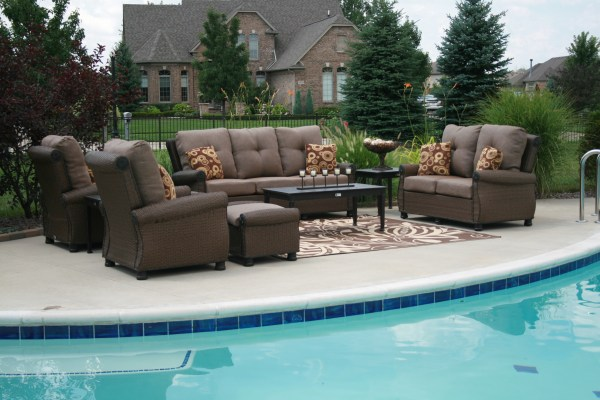 contemporary patio furniture What are the Characteristics of the Perfect Contemporary