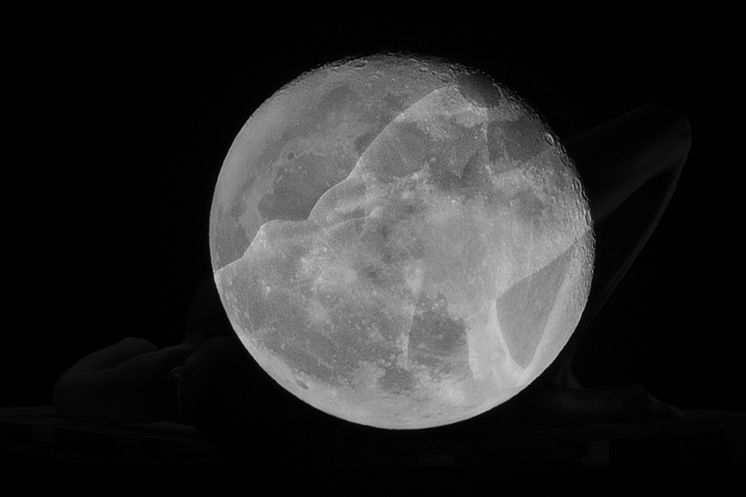 MOON-IS-DOWN-ROUPINAS