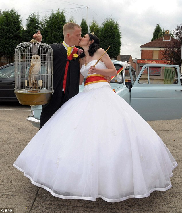 EXTREME 'HARRY POTTER' WEDDING