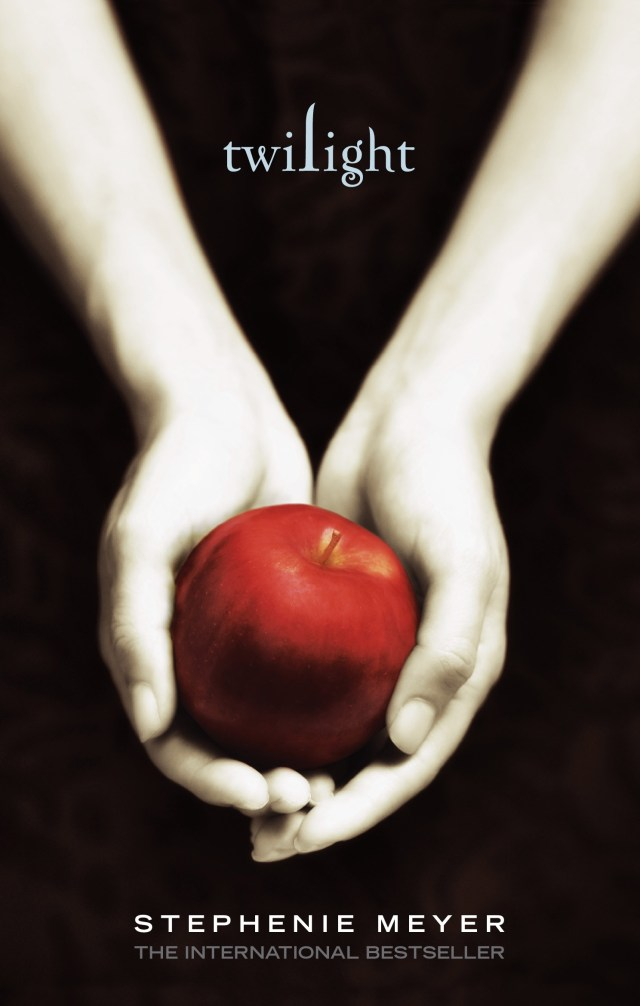 TWILIGHT BY STEPHENIE MEYER: BOOK COVERS AROUND THE WORLD