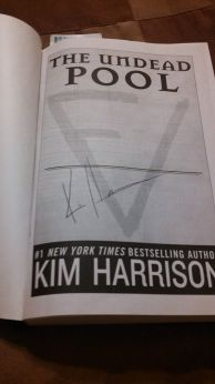 kimharrison-autograph