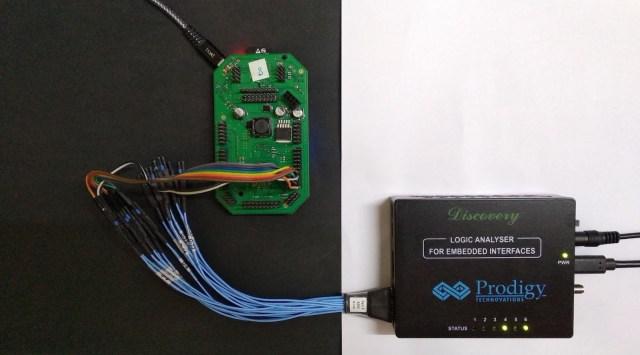 PGY-LA-EMBD Logic Analyzer connection