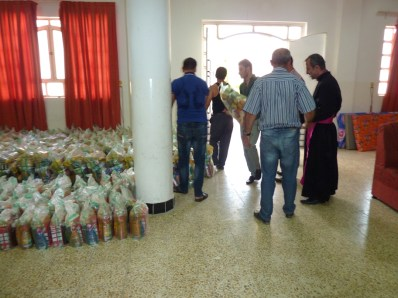 Food and hygeine packs for refugees