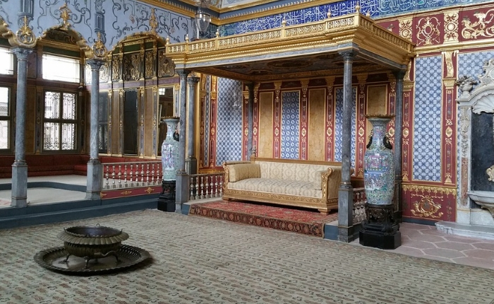 grand bazar, guide de voyage istanbul, istanbul, météo istanbul, mosquée bleue, palais, plage istanbul, que faire et voir à istanbul, le palais topkapi