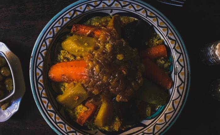 à voir à faire à Marrakech, incontournables, Jemaa el Fna, Koutoubia, maroc, Marrakech, médina Marrakech, quoi faire, le jardin de majorelle, couscous marrocain