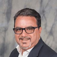 Headshot of Frank DeMarinis President & CEO of TravelBrands