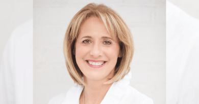 Louise Fecteau, General Manager of Transat Distribution Canada