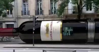 Bordeaux Wine Tram