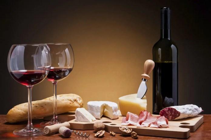 vino e cibo settore agro alimentare