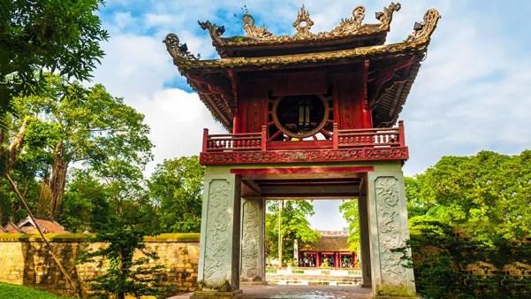 vietnam_hanoi_temple-of-literature-gate