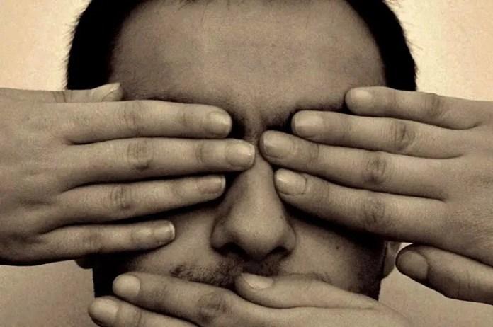 La schiavitù della libera informazione e la tirannia del web