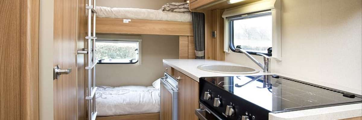 Swift 696 Kitchen & Rear Bunks