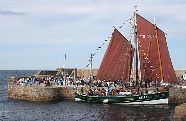 Boat fest. Pic credit`; Anne Burgess