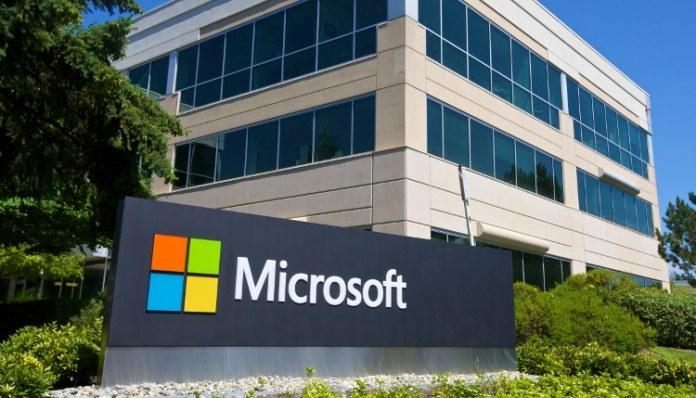 Microsoft Visual Studio with Black Duck Hub integration
