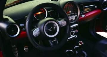 Linux gets bigger on automotive infotainment