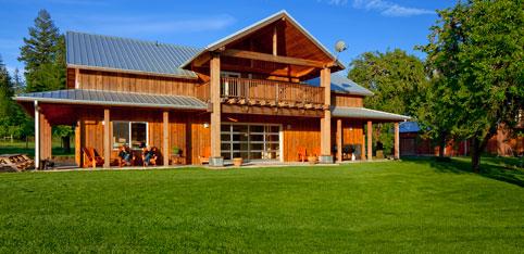 Coastal Mountain Sport Haus Lodge