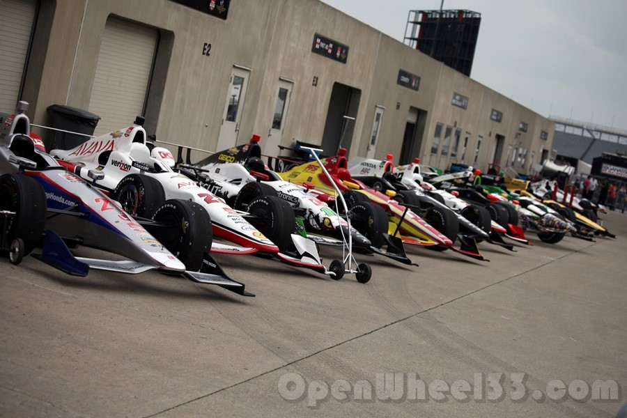 Cars lined up in Gasoline Alley