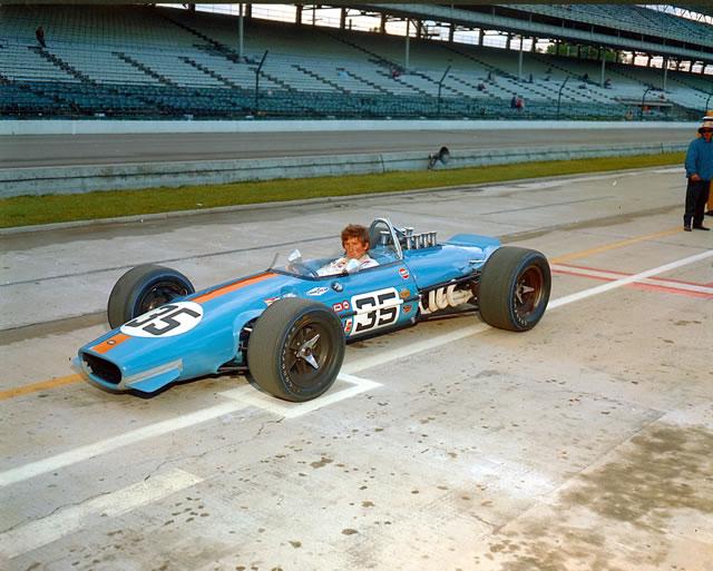 1968 CAR 35