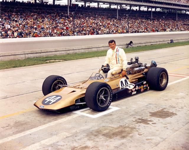 1969 CAR 44