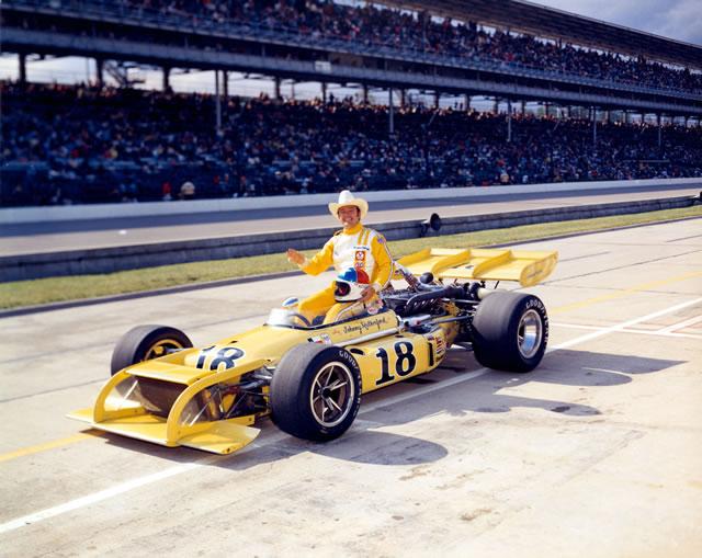 1972 CAR 18