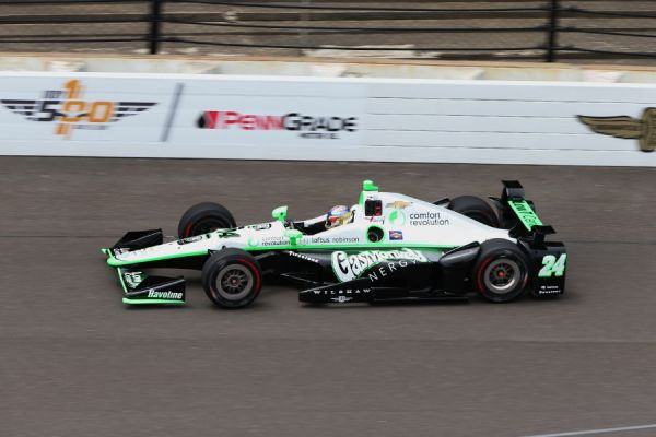 2016 CAR 24 INDY DAY 1