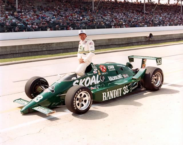 1986 CAR 33