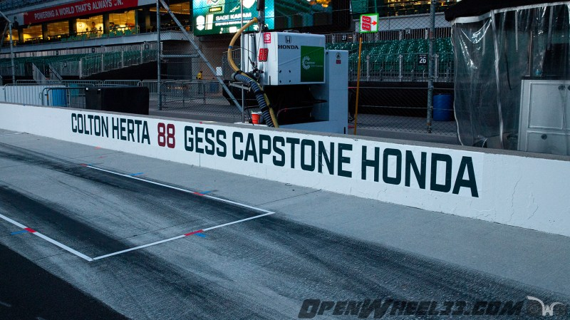 Pit Wall Signs - 2019 103rd Running of the Indianapolis 500 Mile Race - 2019 INDYCAR LIVERIES INDY500 PIT WALL No. 88