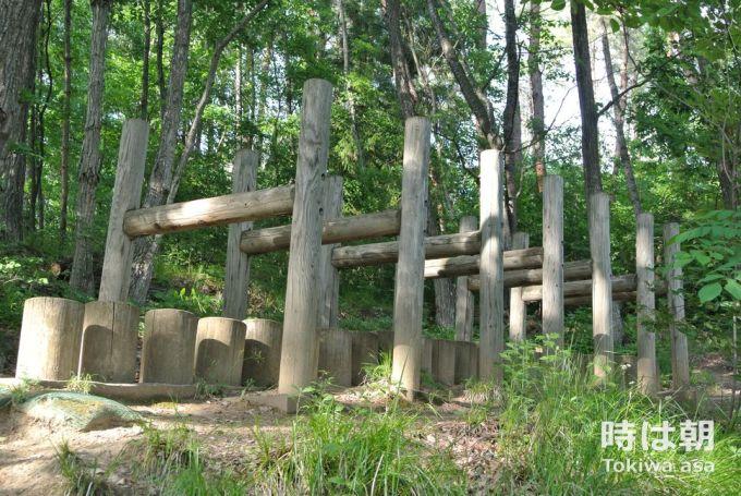 丸太階段ハードル 冒険の丘 北信濃ふるさとの森文化公園