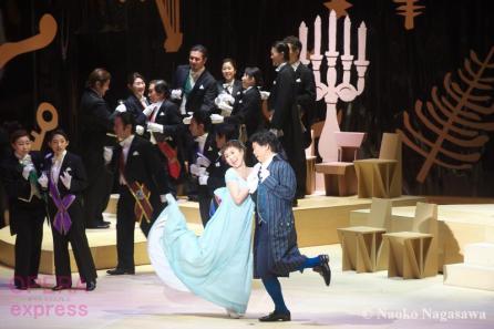 東京二期会オペラ劇場《ウィーン気質》ADSC_5747 © Naoko Nagasawa (OPERAexpress)