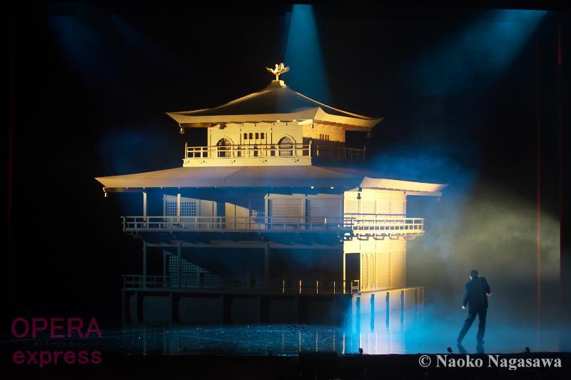神奈川県民ホール《金閣寺》DSC_3689 © Naoko Nagasawa (OPERAexpress)