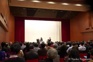待望の音楽監督に上岡敏之氏を迎え、ロゴと演奏会構成を一新—新日本フィルハーモニー交響楽団 2016/2017シーズン